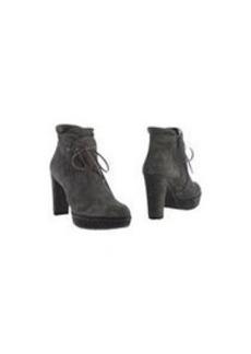 STUART WEITZMAN - Ankle boot