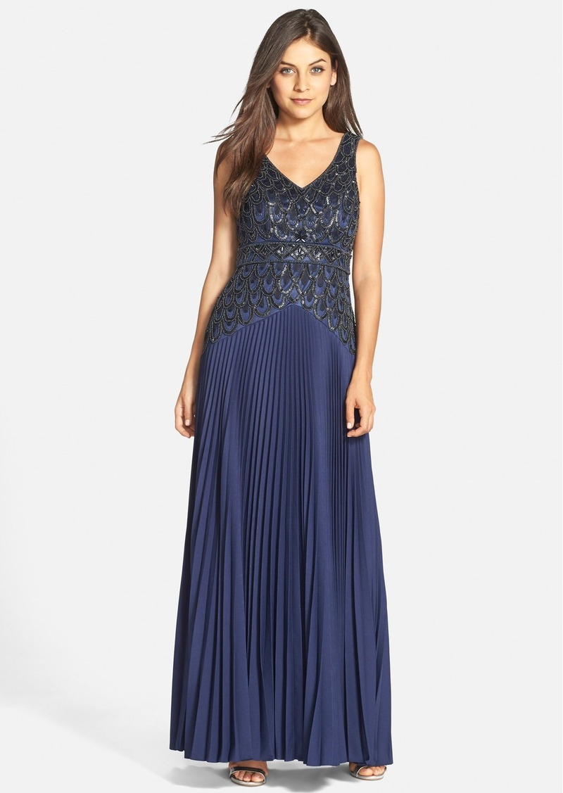 Sue wong sue wong embellished pleated crepe gown dresses for Sue wong robes de mariage