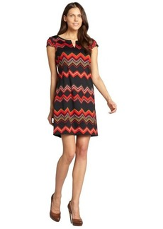 Tahari ASL black and terracotta zigzag stretch capped sleeve knit dress
