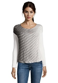 Tahari grey and off white stretch knit 'Tyler' graphic print shirt