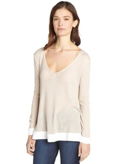 Tahari powder and white 'Dahlia' vneck sweater