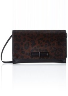 The SAK Serra Slim Clutch Clutch