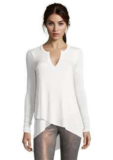 Three Dots gardenia jersey knit asymmetrical hem v-neck tunic