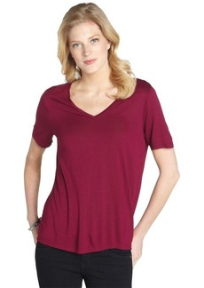 Three Dots mountain rose stretch v-neck short sleeve top