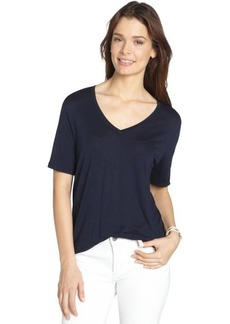 Three Dots navy stretch v-neck short sleeve top