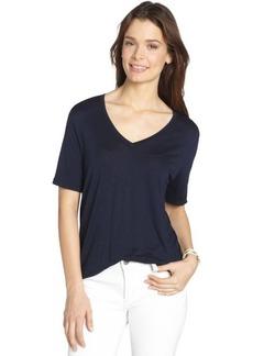 Three Dots navy stretch v-neck short sleeve top