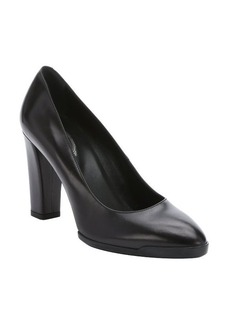 Tod's black leather rubber soled pumps