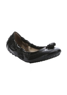 Tod's black leather tassel detail packable wingtip ballerina flats