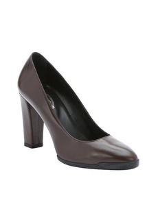 Tod's brown leather rubber soled pumps