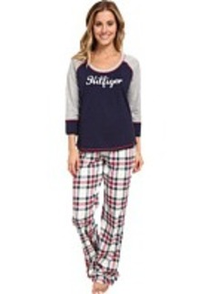 Tommy Hilfiger Holiday Pajama Set