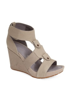 Tsubo 'Neelie' Leather Wedge Sandal (Women)