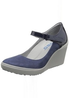 TSUBO Women's Dreux Wedge Pump