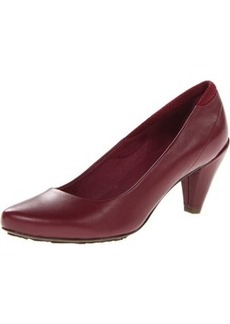 TSUBO Women's Fayth Pump