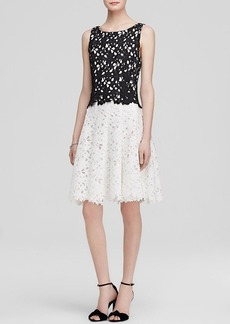Vera Wang Dress - Sleeveless Color Block Lace