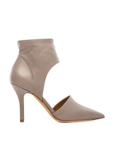 Vince Cristina Pump in Taupe