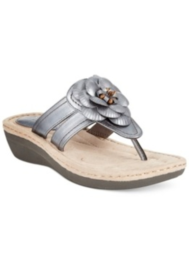 whit cliffs by white mountain crandall wedge sandals