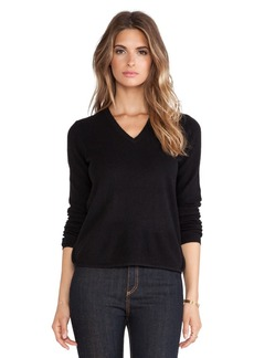 White + Warren Curve Hem V Neck Sweater in Black