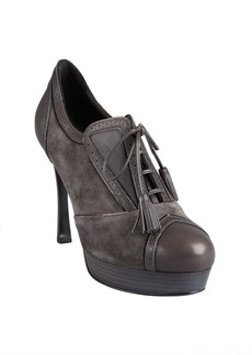 Yves Saint Laurent charcoal suede tasseled lace-up tooled oxford pumps