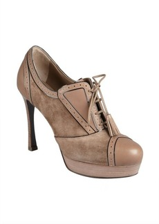 Yves Saint Laurent light brown suede tasseled lace-up tooled oxford pumps